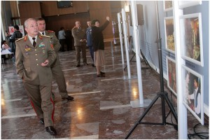 02. Vernisaj expozitie foto. ''Romania in Afganistan'' - Foto. Alexandru Dolea