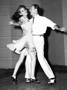 640px-Astaire-Hayworth-dancing