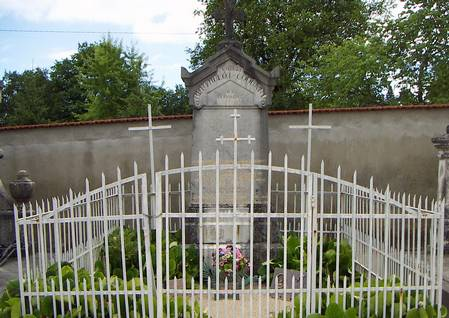 Mormântul grl. Henri Mathias Berthelot de la Nervieux, sud-estul Franţei