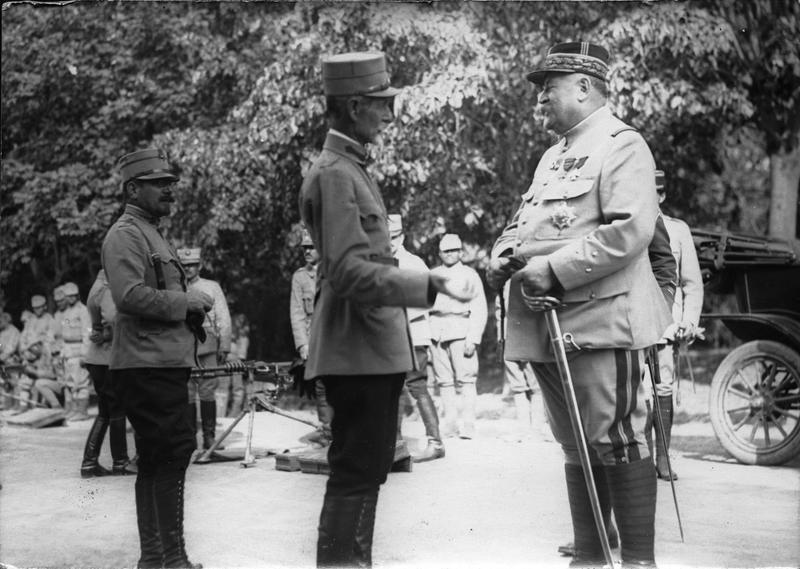 Generalul Berthelot şi Generalul Averescu, la Buzău