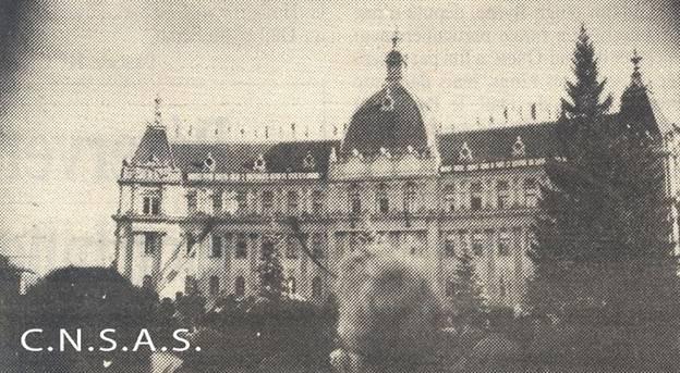 Consiliul municipal si masa de manifestanti, 15 noiembrie 1987