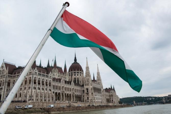 parlament_ungaria_57388600