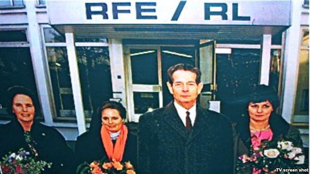 Familia Regala la Radio Europa Libera (sursa: www.romaniaregala.ro)