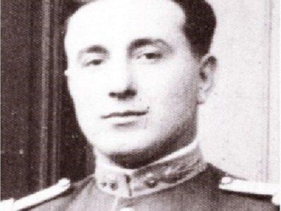 Colonelul Gh. Arsenescu; http://www.marturisitorii.ro/tag/colonelul-gheorghe-arsenescu/