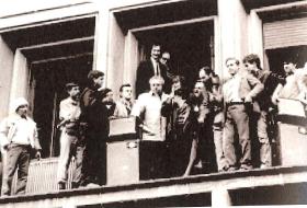 Grup de revoluţionari la Radio pe 22 decembrie 1989 (Printre ei Ana Blandiana, Alexandru Arşinel, Paul Grigoriu)