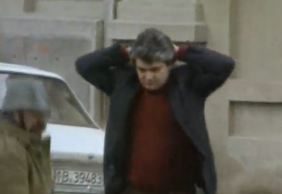 Presupus terorist capturat de revolutionari