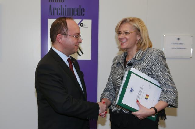Corina Cretu Bogdan Aurescu