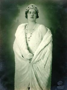 Regina Maria a Iugoslaviei (sursa:http://ro.wikipedia.org/wiki/)