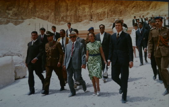 Vizita lui Ceausescu in Egipt - sursa: www.ziaristionline.ro