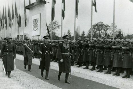 Regele Carol al II-lea in vizita de stat la Praga (1936) - sursa: www.romaniaregala.ro