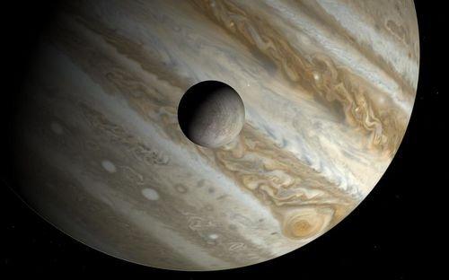 Europa şi Jupiter