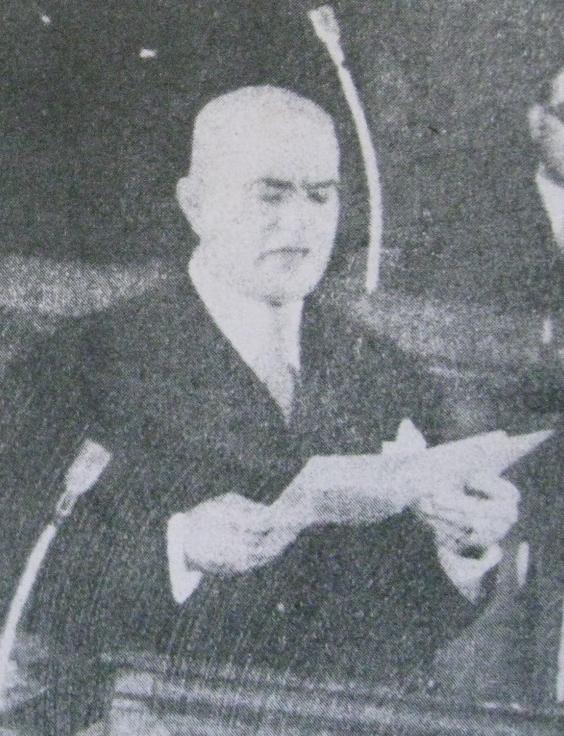 Petru Groza citind Proclamaṭia către popor, revista Secolul Radiofoniei, Arhiva scrisă a SRR