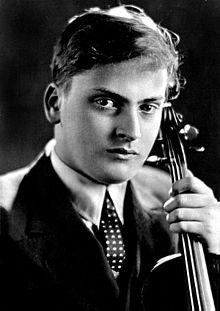 Yehudi_Menuhin_1937