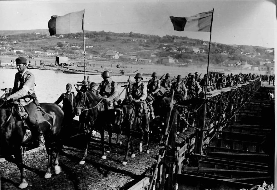 Cavaleria romana la trecerea Nistrului - sursa: doruantonesi.ro