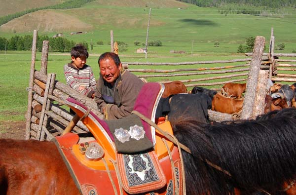 Mongolian Saddle(1)