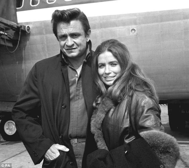 Johnny Cash şi June Carter Cash