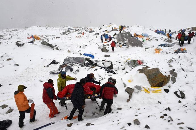 Tabăra de bază de pe Everest, la o zi după cutremur