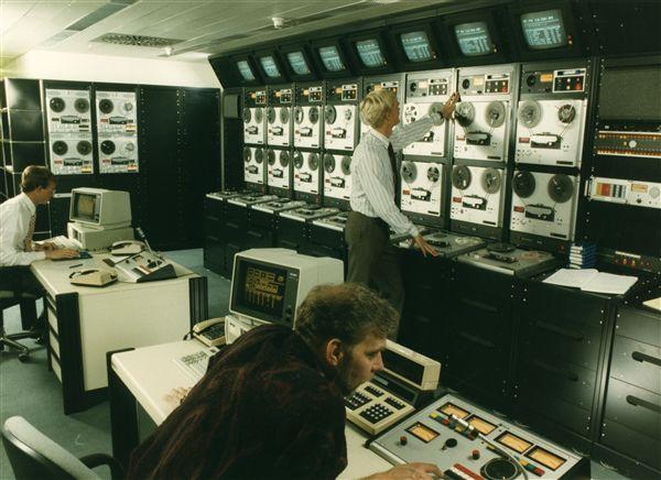 Radio Europa Libera, camera de control din Munchen - sursa: www.psywarrior.com