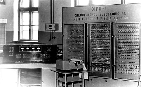CIFA 1 – 1957, Primul computer electronic pe tuburi romanesc - sursa: en.wikipedia.org