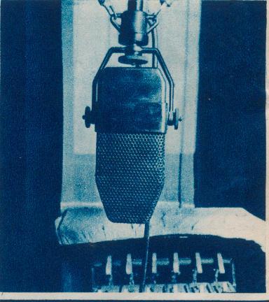 Microfon cu banda 1941