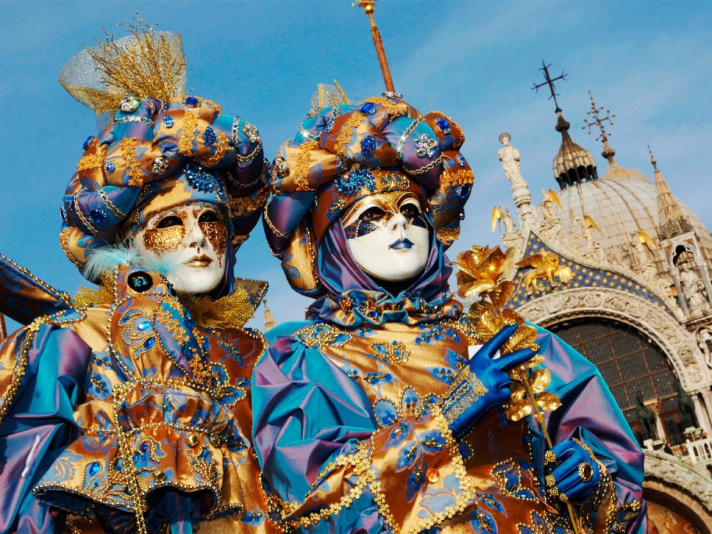 participants-masked-carnival-venice-italy.jpg.rend.tccom.1280.960