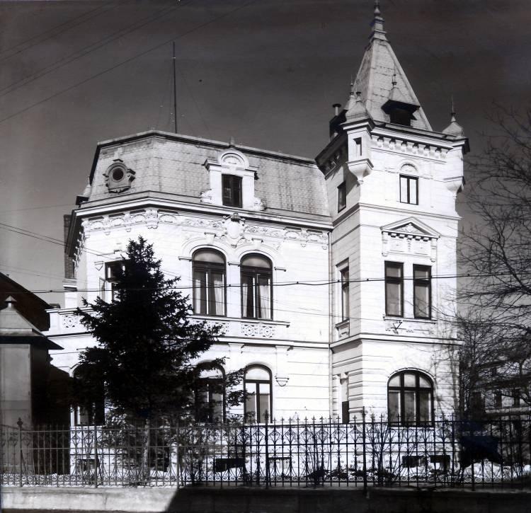 Prima clădire a SRR, aflată în Str. General Berthelot nr. 60