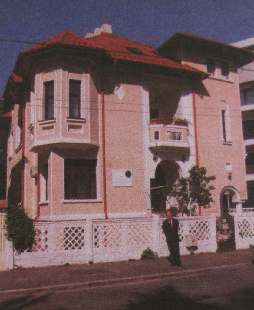 Casa în care locuieṣte C.D.Zeletin ṣi în care a locuit G.E. Palade
