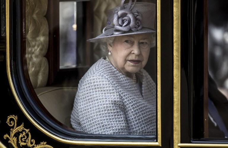 AFP PHOTO / POOL / RICHARD POHLE /