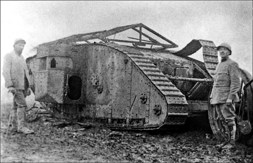 Primul model de tanc folosit de britanici - Somme, 1916