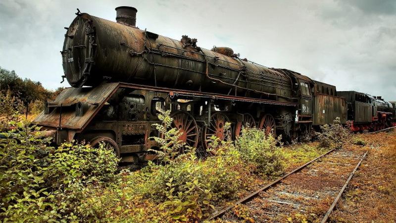 locomotiva veche cu abur