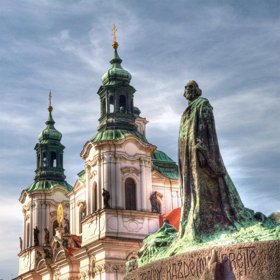 Statuia lui Jan Hus din Piaţa Oraşului Vechi - Praga