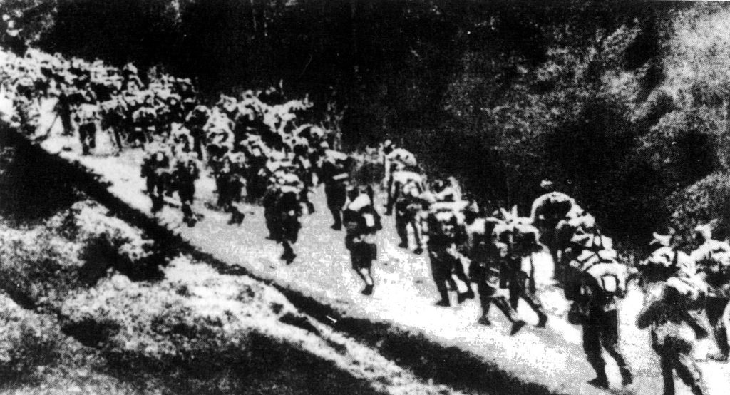 Armata romana trecand Carpatii, aug.1916.