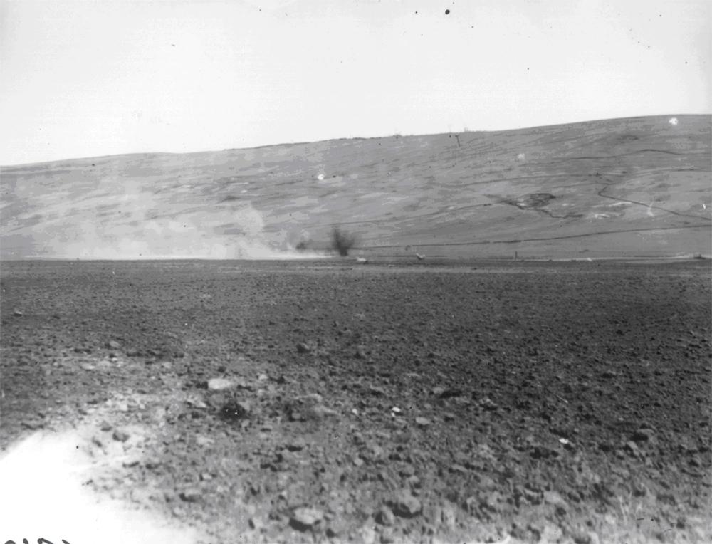 Tir de baraj facut de tunuri de 75 mm - Fototeca Muzeului Militar Naṭional