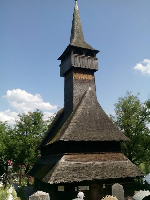 biserica-lemn