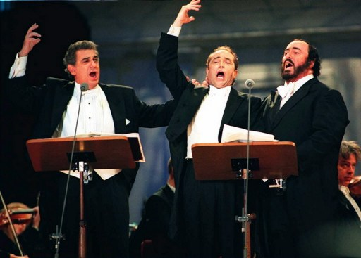 Domingo, Carreras si Pavarotti - AFP PHOTO Yoshikazu TSUNO /