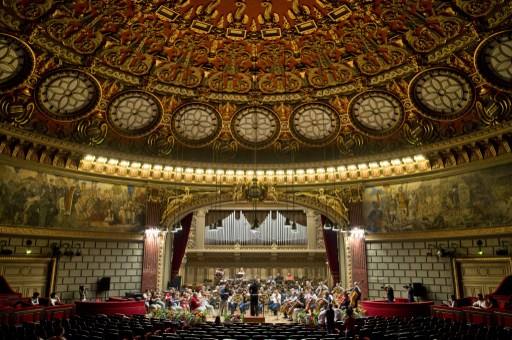 General interior view of the Romanian Atheneum during the rehersals two days ahead of the opening ceremony of Enescu Contest in Bucharest on September 4, 2014. The international competition George Enescu, a springboard for many famous musicians like Radu Lupu and Elisabeth Leonskaja opens on September 6, 2014 in Bucharest, with a line-up of 240 artists from 36 countries. AFP PHOTO DANIEL MIHAILESCU / AFP PHOTO / DANIEL MIHAILESCU