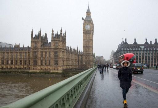 Palatul Parlamentului. / AFP PHOTO / Isabel INFANTES