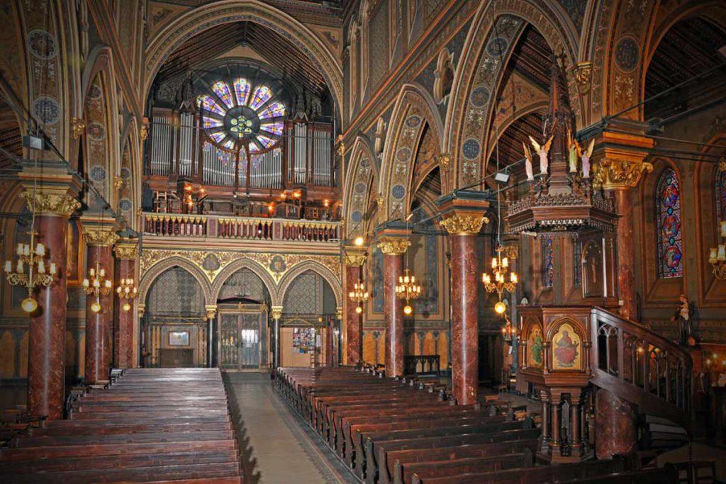 sursa: http://www.catedralaonline.ro