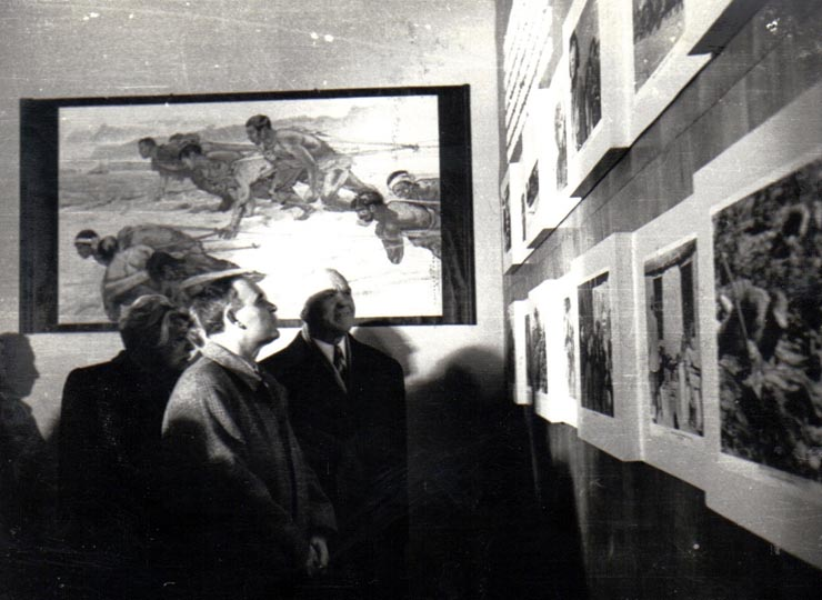 """Dej la expoziţia de pictură """"China Nouă"""" Fototeca online a comunismului românesc, cota 172/1950"""
