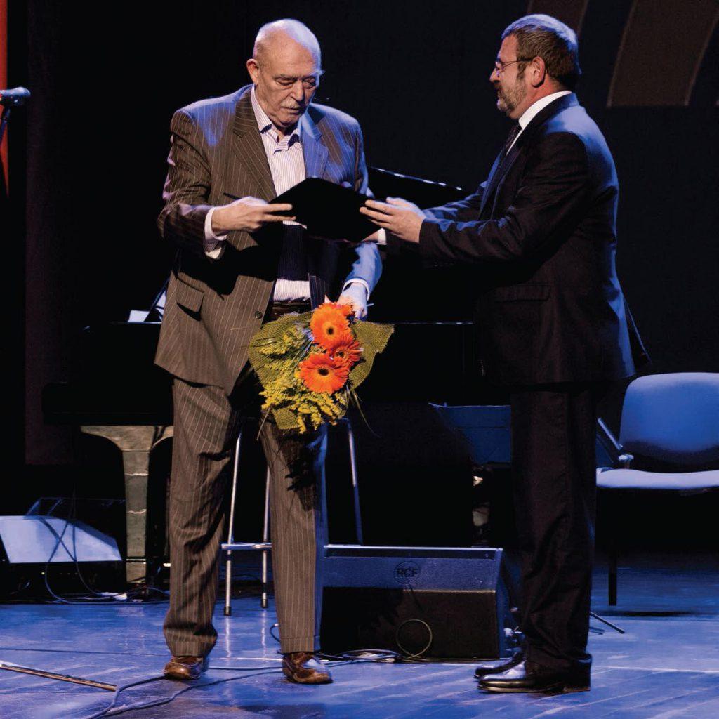 Mircea Albulescu primeşte Premiul de Excelenţă la gala Premiilor Radio România Cultural – 23 martie 2015