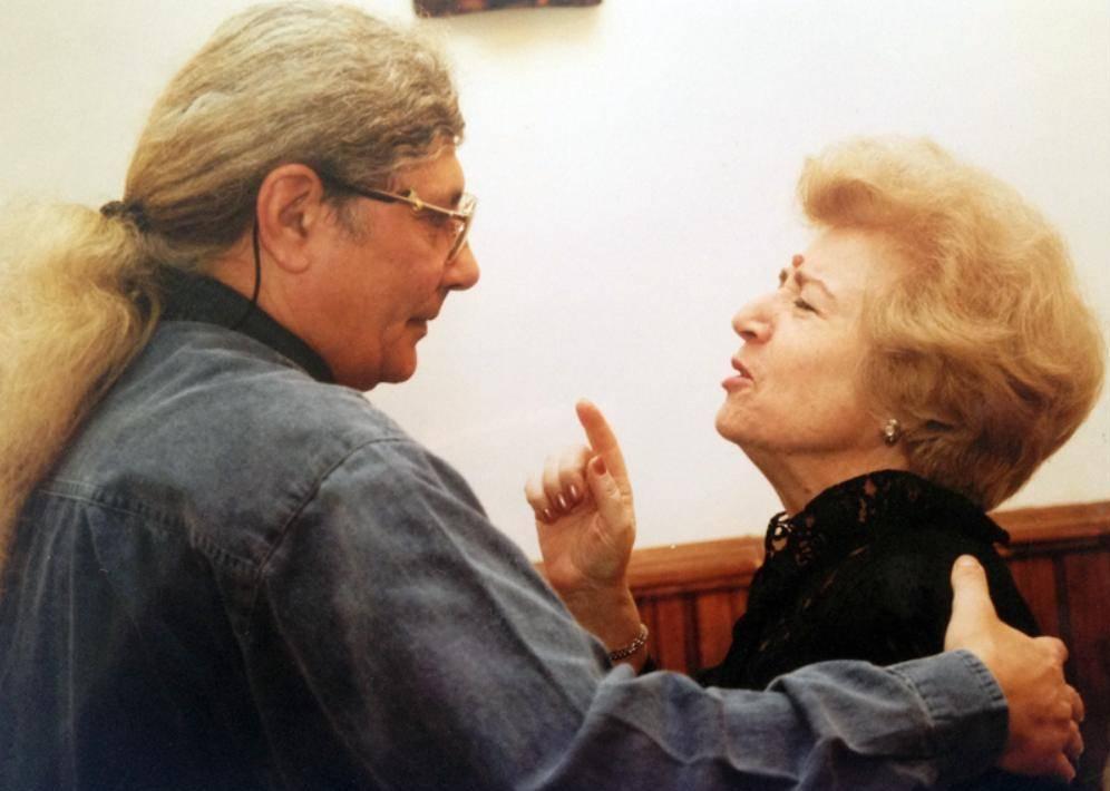 Sofia Şincan, fosta directoare a Programului 3 şi Florian Pittiş, la aniversarea postului – martie 2001