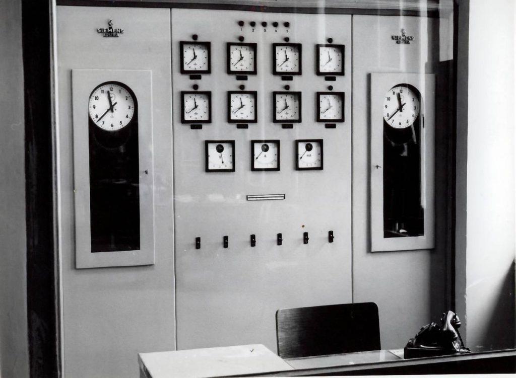 Centrala de ceasuri – anii '60