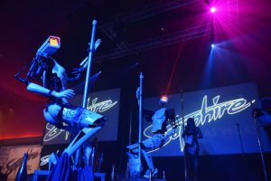 Stripper robots perform at the Sapphire Gentlemen's Club on the sidelines of CES 2018 in Las Vegas on January 8, 2018. / AFP PHOTO / MANDEL NGAN