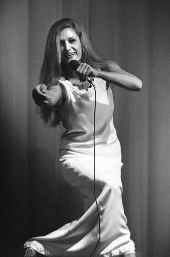 Dalida (24 Noiembrie 1971, Olympia music-hall in Paris)/ AFP PHOTO