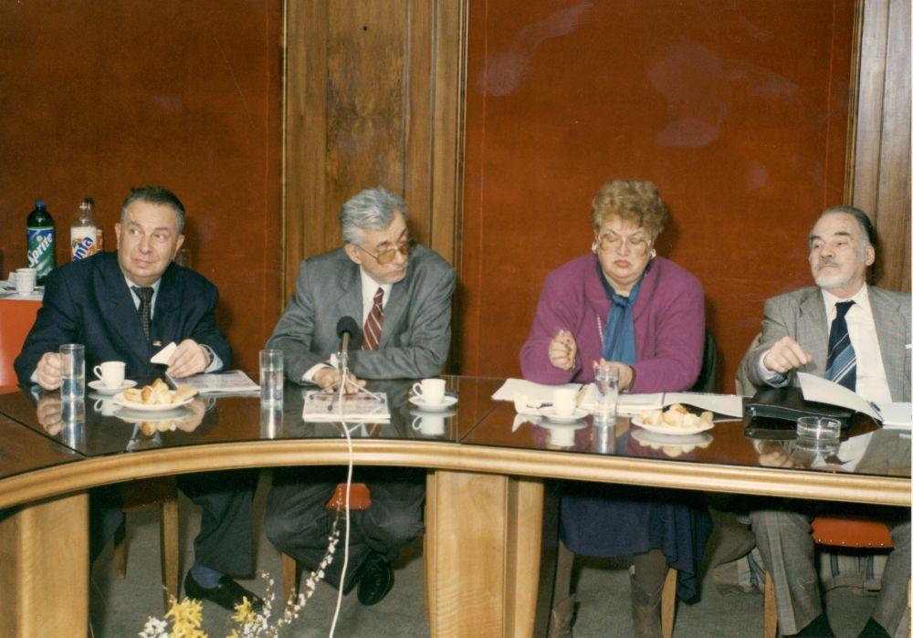 E. Preda, C. Popisteanu, A.M. Sireteanu, D. Berindei