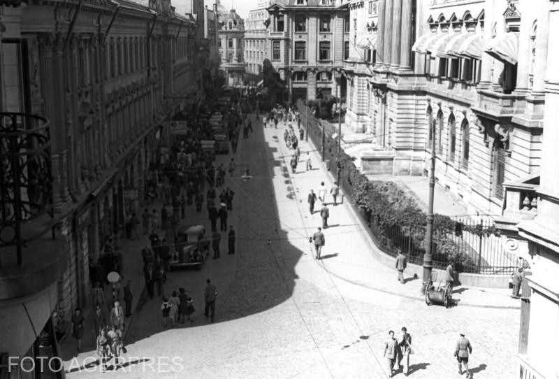 Strada Lipscani - Banca Nationala. (12.06.1944)