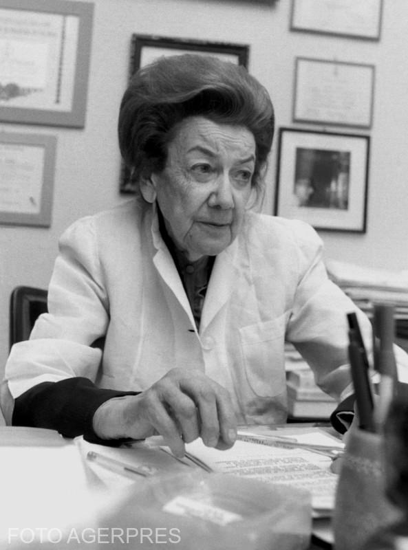 Ana Aslan, medic roman 26 decembrie 1983