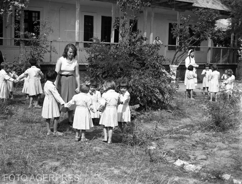 Gradinita de copii. 1956
